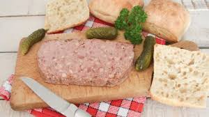 cuisiner viande recette cuisiner une terrine de viande astuce cuisine vins