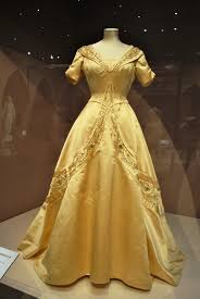 Yellow Dresses For Weddings Norman Hartnell Wikipedia