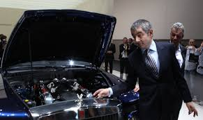 rolls royce phantom engine v16 rowan atkinson introduces the johnny english rolls royce roadshow