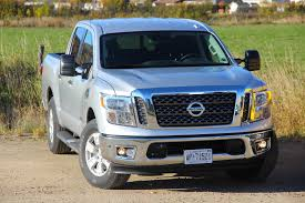nissan titan regular cab 2017 nissan titan vs titan xd review autoguide com news