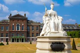 kensington palace tickets queen victoria statue at kensington palace in london stock image