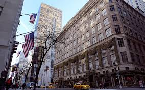 why new york city s string of empty retail spaces brings new