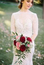 red wedding bouquet ideas brides