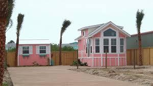 port aransas builder follows big dreams with tiny house kristv