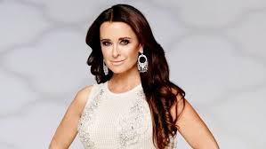 kyle richards hair extensions real housewives of beverly hills star kyle richards shares her