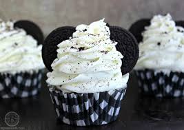 mickey mouse cupcakes mickey mouse oreo cupcakes big s