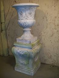 Urn Planters With Pedestal 25