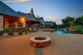 Texas Fire Pit by Selena Gomez Lists Huge Texas Estate Celebrity Trulia Blog
