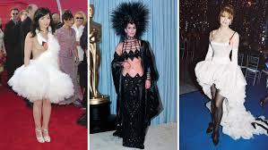 swan dress oscars 3 infamous dresses pret a reporter
