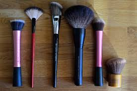 bare minerals fan brush face brushes esianna beauty