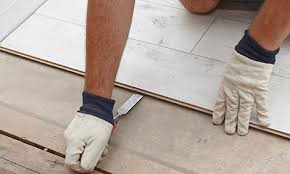 Removing Laminate Flooring How To Remove Laminate Flooring Bunnings Warehouse