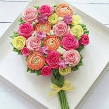 cupcake flowers blooming roses cupcake bouquet free dubai delivery buy now