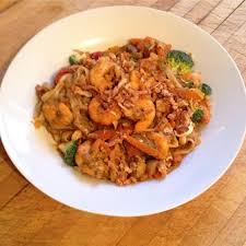 comment cuisiner des nouilles chinoises nouilles chinoises aux crevettes 2 personnes