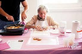 mamie cuisine mamie régale la cuisine pour lutter contre l isolement des seniors