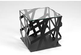 bout de canapé noir bout de canapé moderne en métal noir graph amadeus amadeus 16003