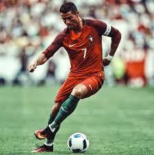 cr it lyonnais si e social 163 best uefa images on football players soccer
