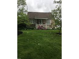 1700 betz dr akron oh 44306