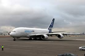 airbus a380 800 high capacity airliner