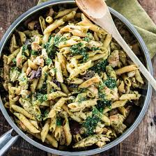 cuisine pasta one pan pasta with chicken pesto and olives s cuisine