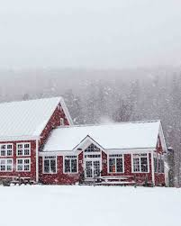 Vermont Wedding Venues A Rustic Winter Destination Wedding In Vermont Martha Stewart