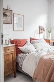 Romantic Bedroom Colors by Best 25 Romantic Bedroom Colors Ideas On Pinterest Romantic