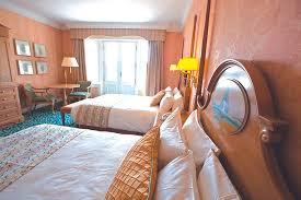 chambre familiale disneyland hotel chambre hotel disneyland conceptions de la maison bizoko com