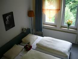 Post Bad Essen Guesthouse Altes Berghaus Bad Essen Germany Booking Com