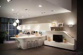 cuisine moderne et design modele cuisine noir et blanc modele cuisine blanc laque modele