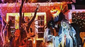 images of halloween decorated houses top 10 photos of new york city u0027s best halloween decorated houses