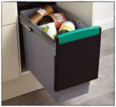 poubelle de cuisine castorama conteneur poubelle castorama poubelle with conteneur poubelle
