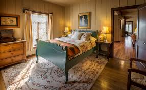 Bedroom Furniture New Mexico Honeymoon Spot Ladder Ranch New Mexico Weddings Illustrated