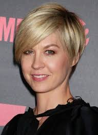 the most elegant as well as interesting short haircuts for thin