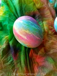 Decorating Easter Eggs With Ties by Tie Dye Easter Eggs Crafty Morning