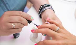 how to open and operate a nail salon