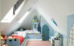 chambre enfant comble comment séparer en deux une pièce en sous pente forum grenier et