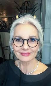 short hairstyles for gray hair women over 60black women salt and pepper gray hair grey hair silver hair white hair