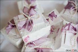 Beautifully Wrapped Gifts - uk weddings 4 10 wedding photographer italy u0026 uk imag1ne