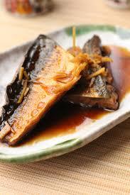 cuisiner le maquereau un peu dans les coings maquereau au saké japon saba nitsuke
