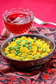 cuisine indienne riz cuisine indienne bol de riz jaune photo stock image du cuit