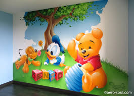 fresque murale chambre décoration graffiti chambre enfant enzo et les bébés disney