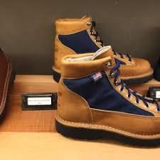 danner boots black friday sale danner 24 photos u0026 26 reviews shoe stores 1022 w burnside