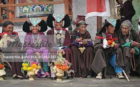 ladakh clothing local women in traditional clothing nubra valley leh ladakh india