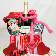 valentines day gift baskets gift baskets ideas inspirationseek
