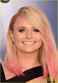miranda lambert engagement ring miranda lambert rocks pink hair for cma awards 2015 photo 3499900