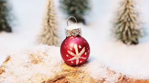 download wallpaper 3840x2160 christmas decorations ball