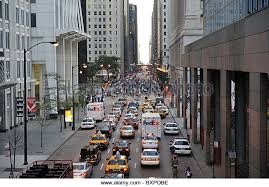 busy chicago street stock photos u0026 busy chicago street stock