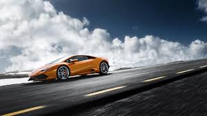 Lamborghini Huracan Coupe - curvy road