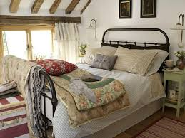 beautiful country style bedroom decorating ideas 18 cozy bedroom