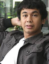 biography raditya dika dalam bahasa inggris biographies of legends biography raditya dika indonesian young