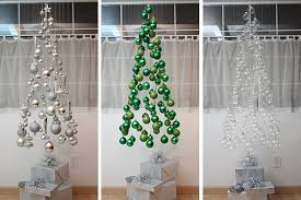 tree mobile made using suspended bulb ornaments